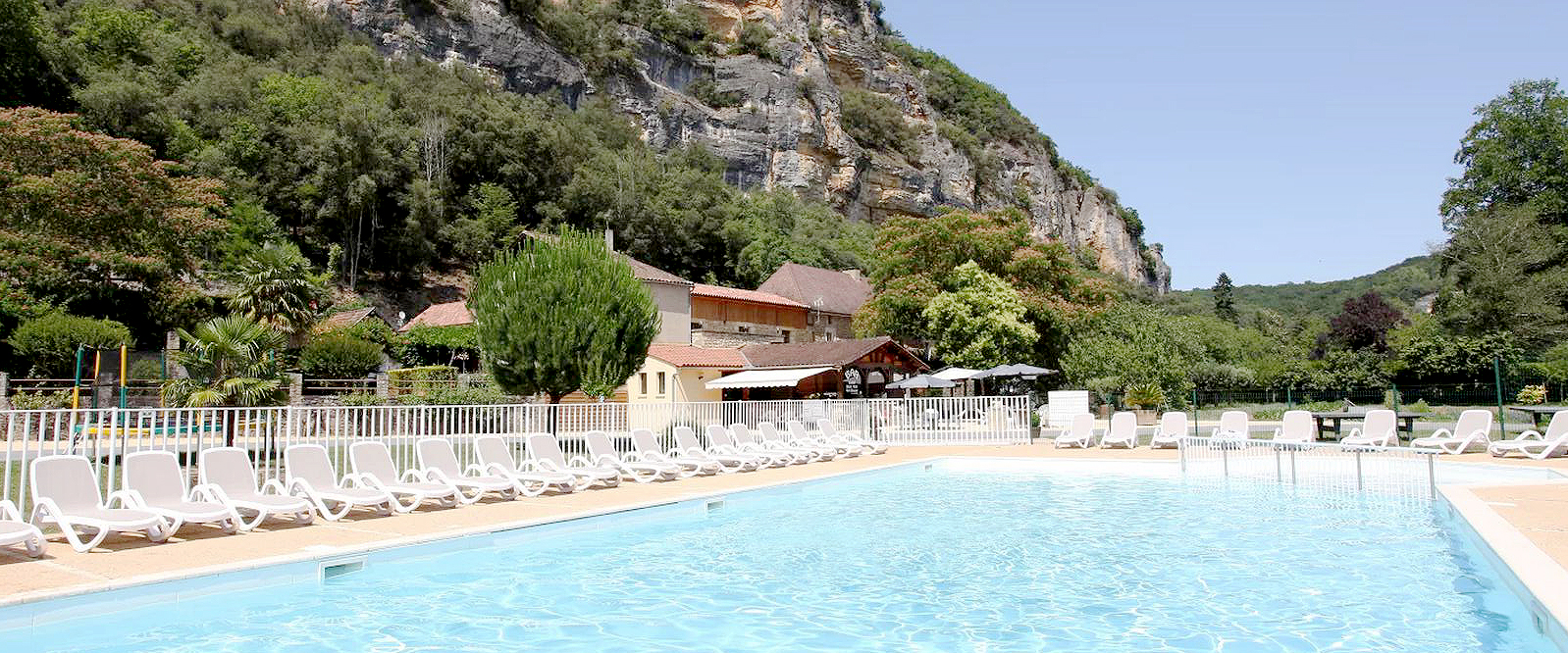 Beautiful Campsite Sarlat   3 Star Campsite Dordogne Perigord   Camping De La Plage  Vézac   Site Officiel